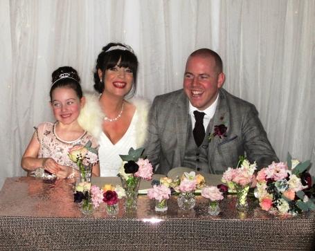 be-happy-wedding-pic